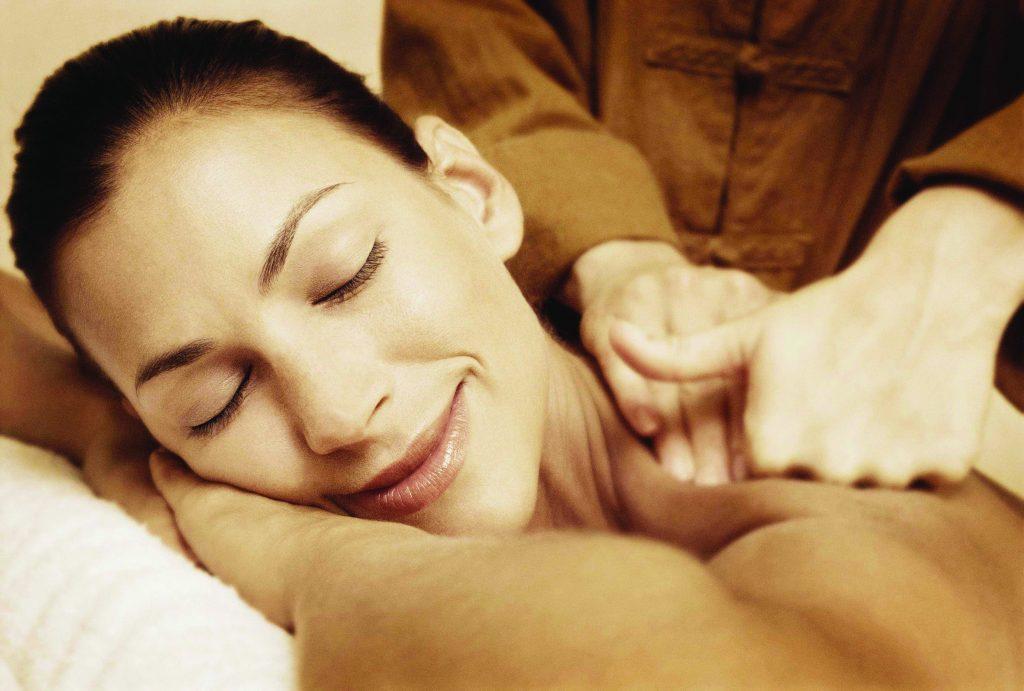 PHOTO - Back Massage